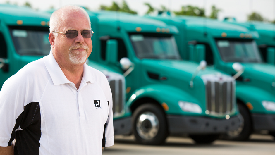 In partnership with other Peterbilt truck leasing companies, TLG's full service leasing solutions include fleet lease services.